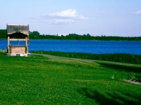Poilsis prie ežerų